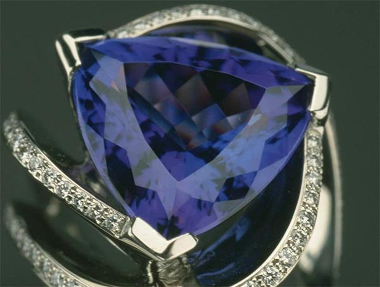 1960s Flashback: Newly Discovered 'Blue Zoisite' Gets Rebranded as 'Tanzanite'